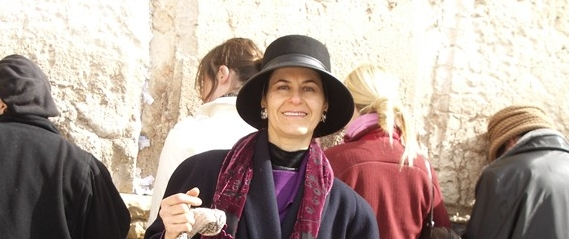 Rabbanit Ruth Menashe at the Kotel